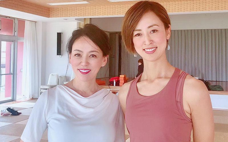 生徒の藤田 麻奈美さんとアキ・ソラーノ